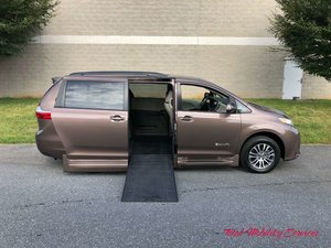 New Wheelchair Van For Sale: 2019 Toyota Sienna XLE Wheelchair Accessible Van For Sale with a BraunAbility Toyota Rampvan Xi on it. VIN: 5TDYZ3DC6KS996869