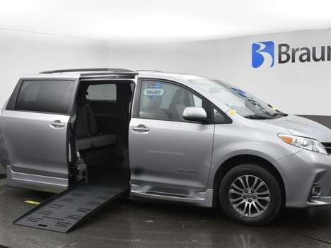 Used Wheelchair Van For Sale: 2018 Toyota Sienna SE Wheelchair Accessible Van For Sale with a BraunAbility Toyota Rampvan XL on it. VIN: 5TDYZ3DC9JS913224