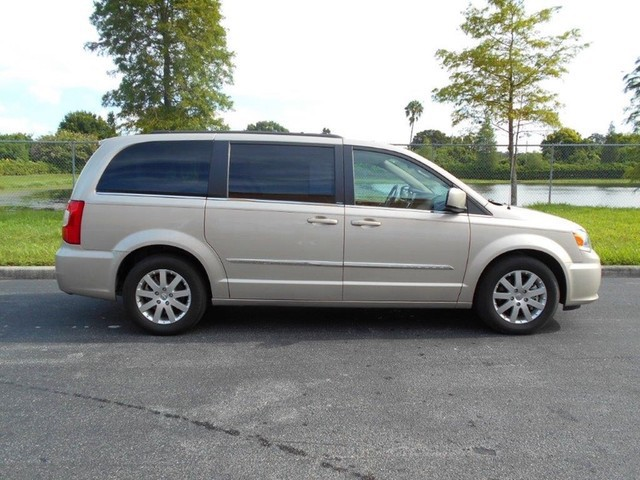 2012 chrysler town country wheelchair van for sale for Wheelchair accessible homes for sale in florida
