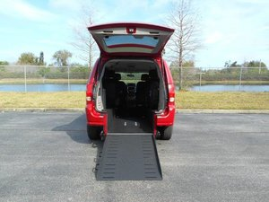 Used Wheelchair Van For Sale: 2013 Dodge Grand Caravan ES Wheelchair Accessible Van For Sale with a Handicap Accessible Van on it. VIN: 2C4RDGBG3DR659393