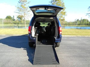 Used Wheelchair Van For Sale: 2013 Dodge Grand Caravan ES Wheelchair Accessible Van For Sale with a Handicap Accessible Van on it. VIN: 2C4RDGCG8DR626162