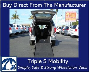 Used Wheelchair Van For Sale: 2019 Dodge Grand Caravan SXT Wheelchair Accessible Van For Sale with a Triple S Manual Rear Entry on it. VIN: 2C4RDGCG8KR511879