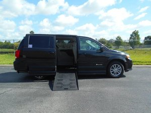 Used Wheelchair Van For Sale: 2015 Dodge Grand Caravan EL Wheelchair Accessible Van For Sale with a Handicap Accessible Van on it. VIN: 2C4RDGCG9FR567805