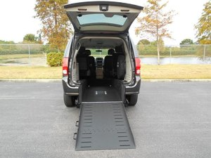 Used Wheelchair Van For Sale: 2015 Dodge Grand Caravan EL Wheelchair Accessible Van For Sale with a Handicap Accessible Van on it. VIN: 2C4RDGCG9FR733594