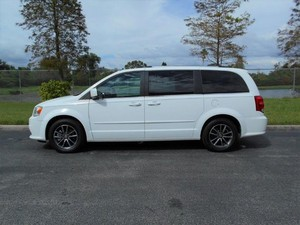 Used Wheelchair Van For Sale: 2017 Dodge Grand Caravan ES Wheelchair Accessible Van For Sale with a Handicap Accessible Van on it. VIN: 2C4RDGCGXHR604573