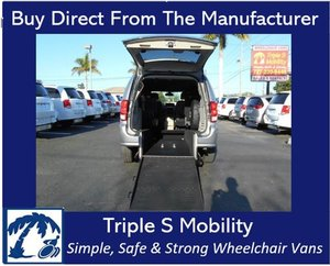Used Wheelchair Van For Sale: 2019 Dodge Grand Caravan SXT Wheelchair Accessible Van For Sale with a Triple S Manual Rear Entry on it. VIN: 2C4RDGCGXKR546231