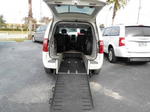Used Wheelchair Van For Sale: 2010 Dodge Grand Caravan SXT Wheelchair Accessible Van For Sale with a Handicap Accessible Van on it. VIN: 2D4RN5D18AR417434