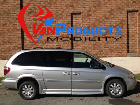Used Wheelchair Van For Sale: 2007 Chrysler Town & Country Touring Wheelchair Accessible Van For Sale with a  on it. VIN: 2A4GP54L57R315849