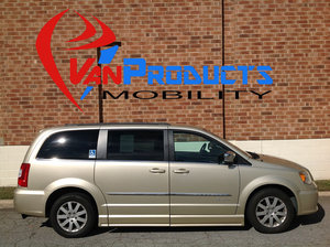 Used Wheelchair Van For Sale: 2011 Chrysler Town & Country Touring Wheelchair Accessible Van For Sale with a  on it. VIN: 2A4RR8DG2BR763417