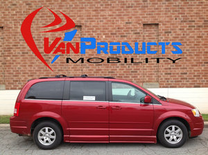 Used Wheelchair Van For Sale: 2008 Chrysler Town & Country S Wheelchair Accessible Van For Sale with a  on it. VIN: 2A8HR54P78R814900