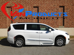 New Wheelchair Van For Sale: 2017 Chrysler Pacifica LE Wheelchair Accessible Van For Sale with a  on it. VIN: 2C4RC1BG0HR831790