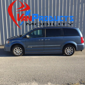 Used Wheelchair Van For Sale: 2012 Chrysler Town & Country LE Wheelchair Accessible Van For Sale with a  on it. VIN: 2C4RC1CG8CR106333