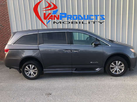 Used Wheelchair Van For Sale: 2014 Honda Odyssey SE Wheelchair Accessible Van For Sale with a  on it. VIN: 5FNRL5H61EB083211