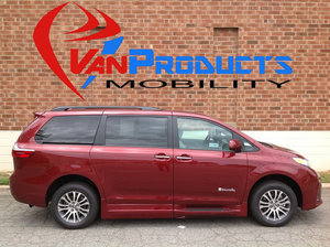 New Wheelchair Van For Sale: 2018 Toyota Sienna XLE Wheelchair Accessible Van For Sale with a  on it. VIN: 5TDYZ3DC5JS938704