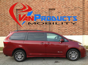 Used Wheelchair Van For Sale: 2018 Toyota Sienna XLE Wheelchair Accessible Van For Sale with a  on it. VIN: 5TDYZ3DC7JS912752