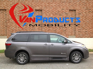 New Wheelchair Van For Sale: 2018 Toyota Sienna XLE Wheelchair Accessible Van For Sale with a  on it. VIN: 5TDYZ3DCXJS939556