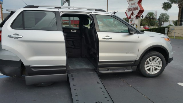 2015 ford explorer wheelchair van for sale explorer conversion merritt island fl vin. Black Bedroom Furniture Sets. Home Design Ideas